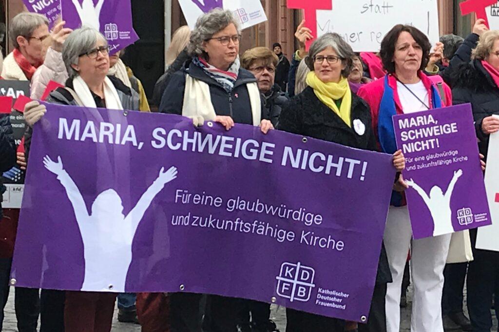 KDFB-Frauen fordern glaubwürdige Kirche